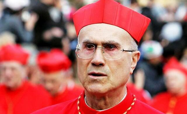 Così Papa Francesco rivolta lo Ior e fa attapirare Bertone