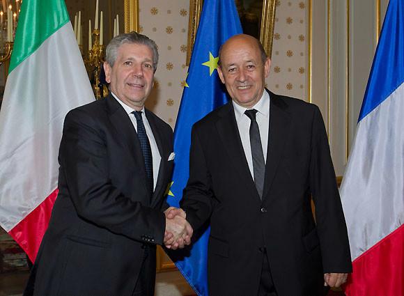La missione parigina di Di Paola su Mali, Siria e Ue