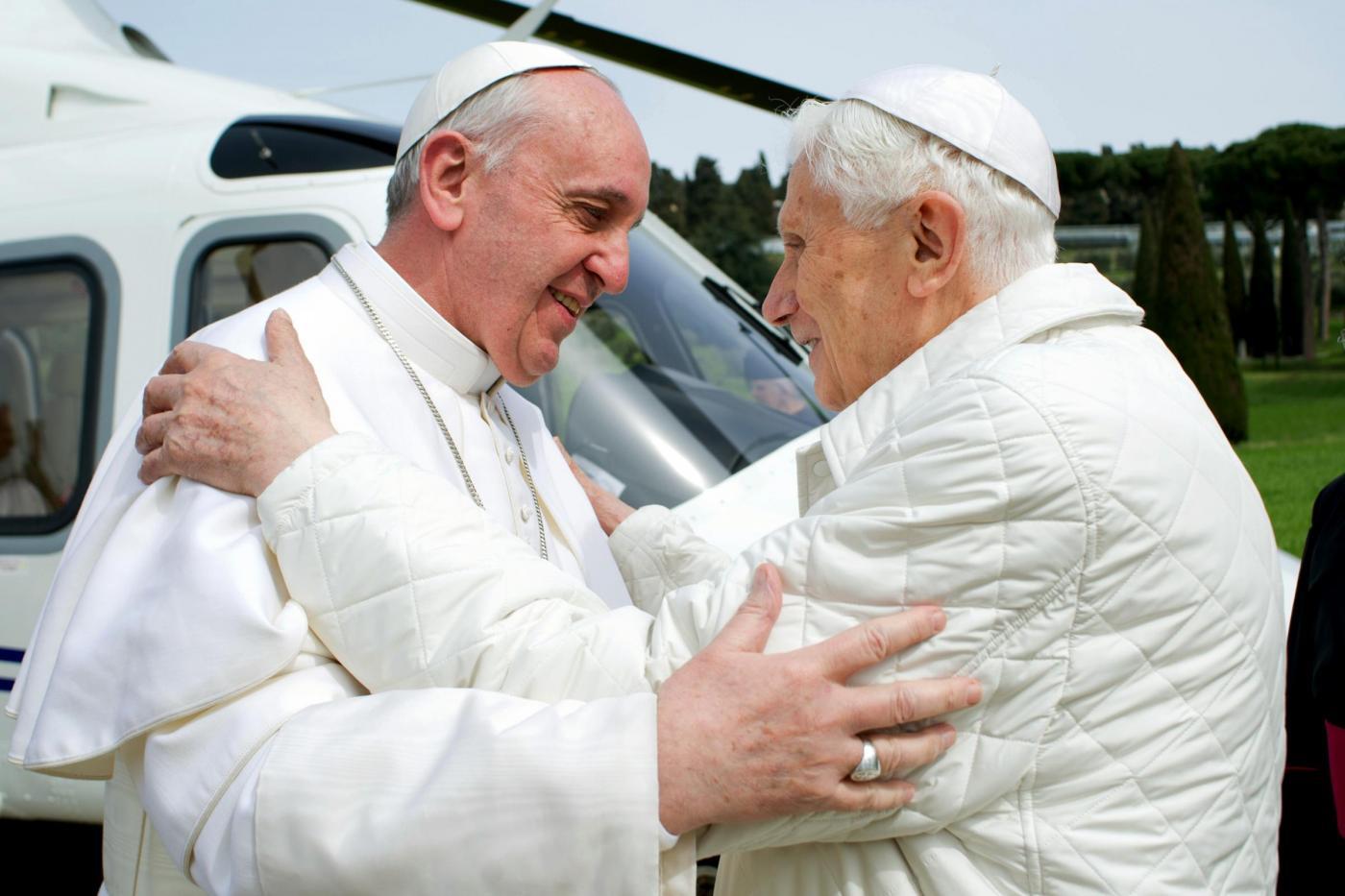 Perché Papa Francesco e Benedetto XVI non si fanno la guerra
