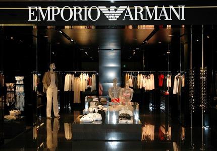 Armani, Versace, Cavalli. Sarà sempre di moda lo shopping delle aziende italiane