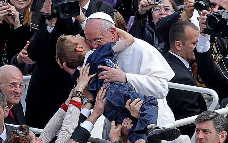 Papa Francesco sulla bioetica è ratzingeriano