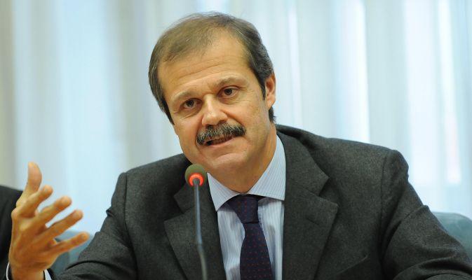 Terrorismo, perché Stucchi convoca il Copasir per sentire l'ambasciatore Massolo
