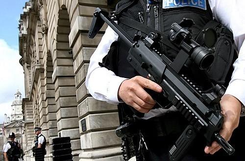 Tre operazioni antiterrorismo in tre giorni. Adesso la politica faccia la sua parte
