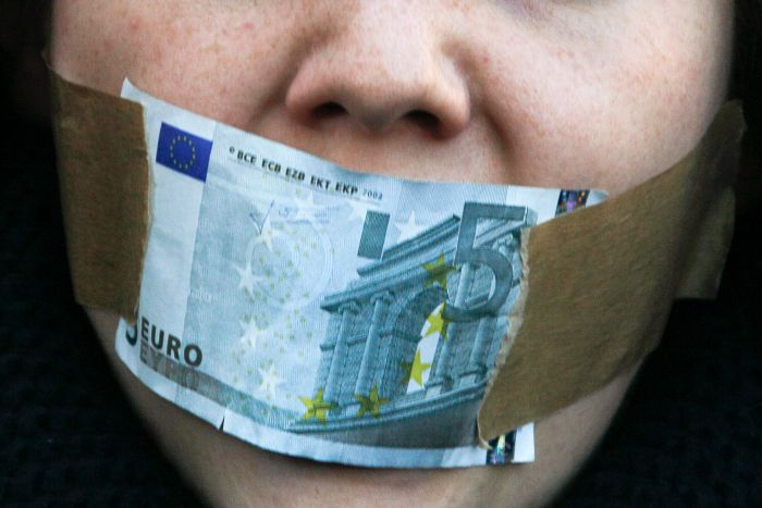 Così l'euro ammazza l'Europa. Il saggio del prof. Guarino