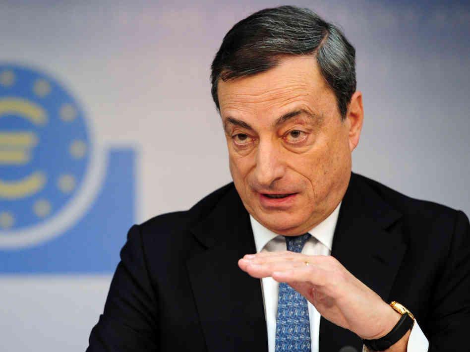 Draghi stia al suo posto!