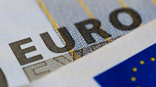 Cambi, tutte le conseguenze della mossa di Berna su franco svizzero ed euro