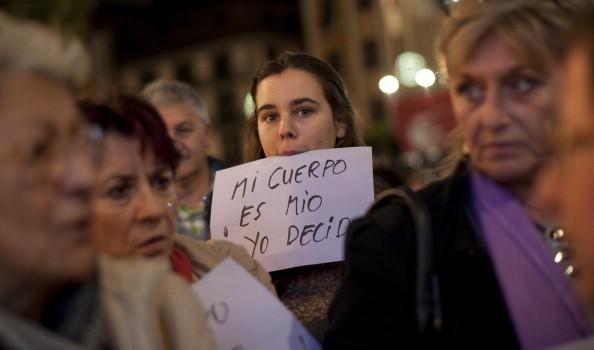 Aborto: il Pes appoggia rivolta donne contro Rajoy