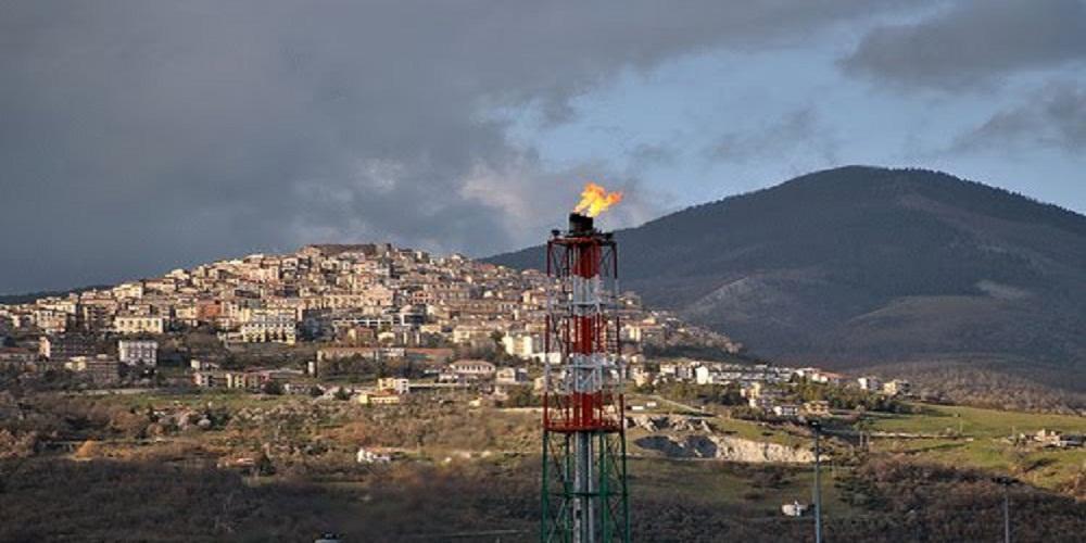 L'Italia uscirà dalla crisi grazie al petrolio. Parola del Wall Street Journal