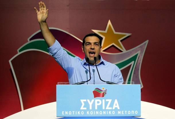 Tsipras, chi è il politico greco nuova musa ispiratrice di Vendola e Flores d'Arcais