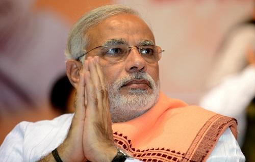 """India, la sfida democratica tra vecchia politica e nuovi """"grillini"""""""