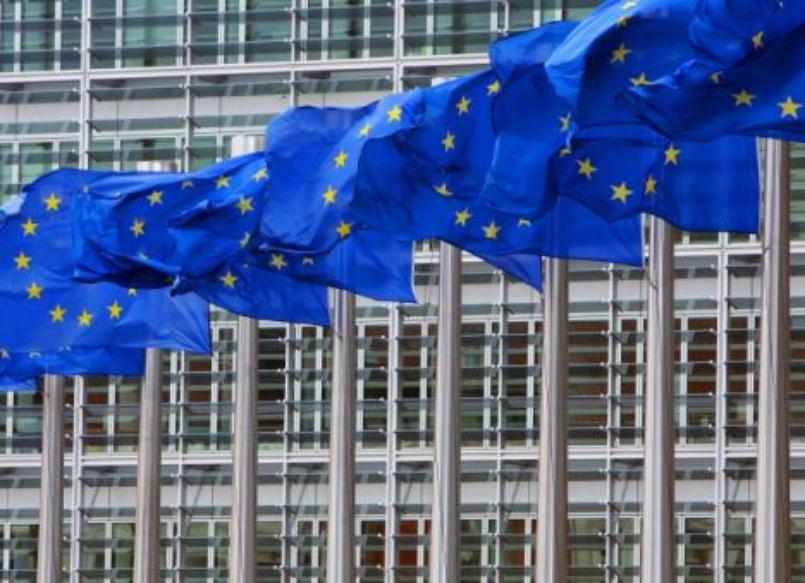 I troppi paradossi della decisione della Commissione europea contro Google