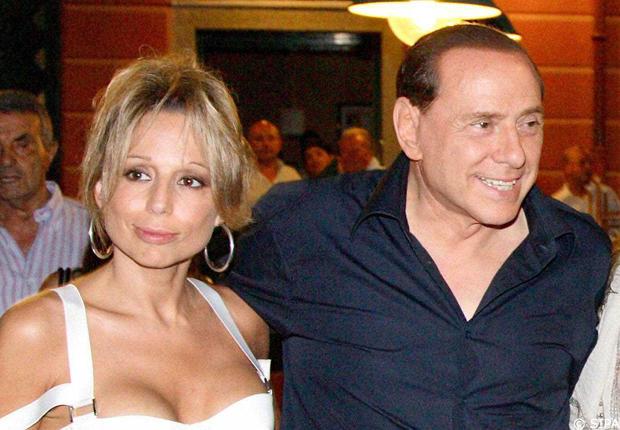 Ecco il progetto per incoronare Marina Berlusconi leader di Forza Italia
