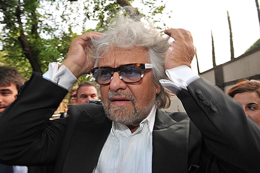 Tutte le ultime panzane a 5 stelle del blog di Beppe Grillo