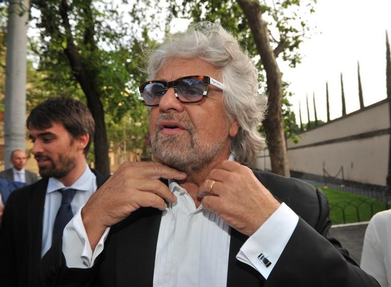 Più poteri a Beppe Grillo e più procedure. Ecco le nuove regole del Movimento 5 Stelle