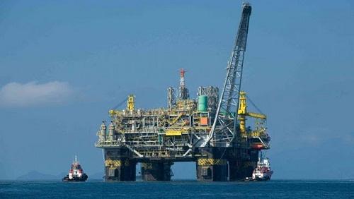 Tutti i benefici per l'Italia di estrarre energia nel Mare Adriatico. Report Assomineraria