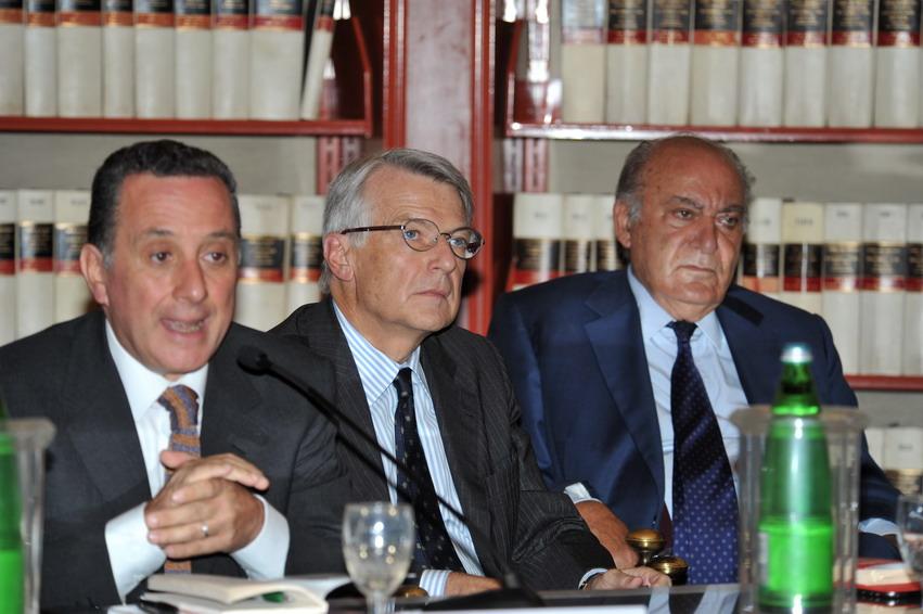 Il Corriere della Sera, la massoneria, Renzi e de Bortoli. Solo opinioni?