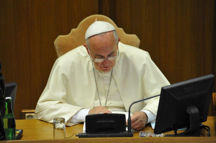 Il Corriere della Sera interroga il Papa e la Chiesa