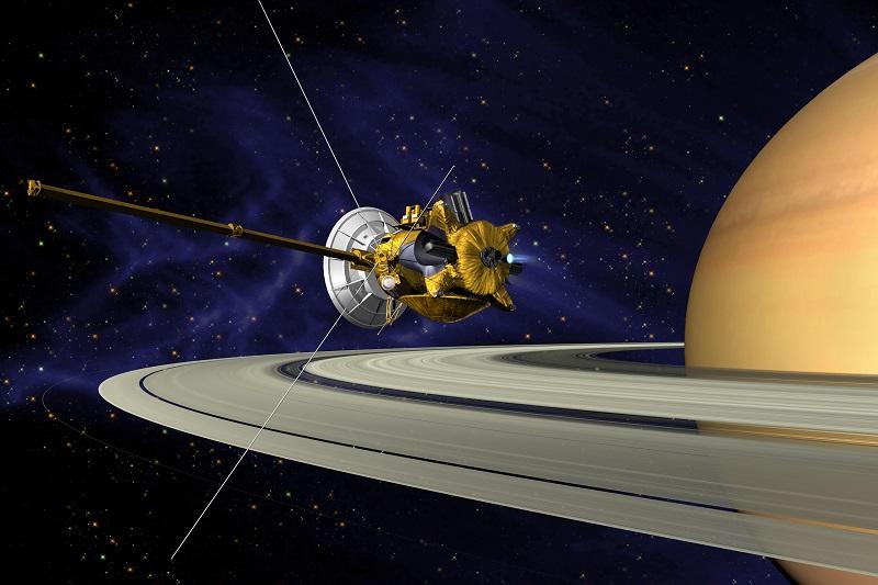"""La scoperta italiana sugli anelli di Saturno: hanno """"appena"""" 100 milioni di anni"""
