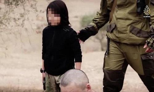 Video Isis, ecco la triste lezione da trarre dal terrorista bambino