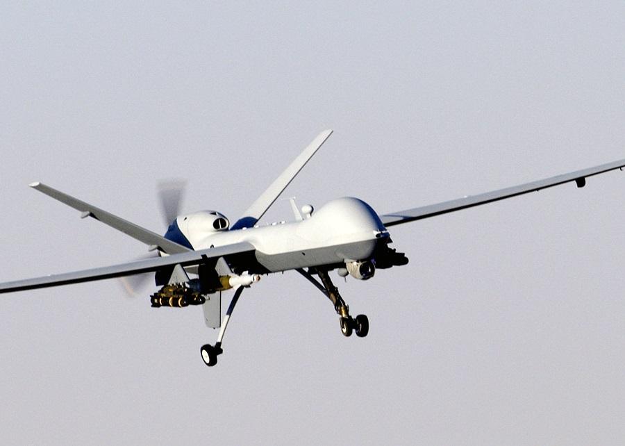 Libia e sbarchi, chi vuole (e chi no) i droni armati