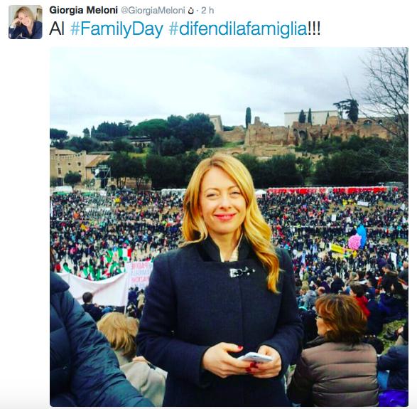 La Meloni partecipa al Family day come futura mamma