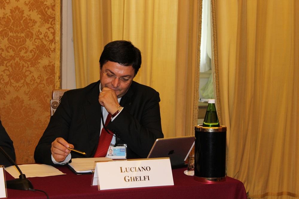 Luciano Ghelfi