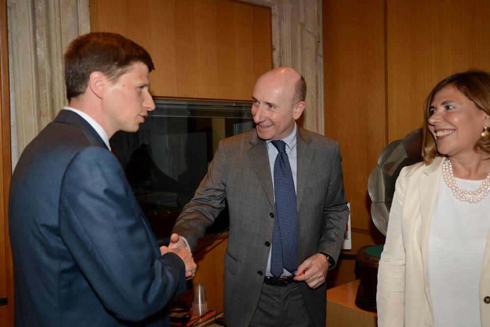 Andrew Spannau, Roberto Arditti e Maria Latella