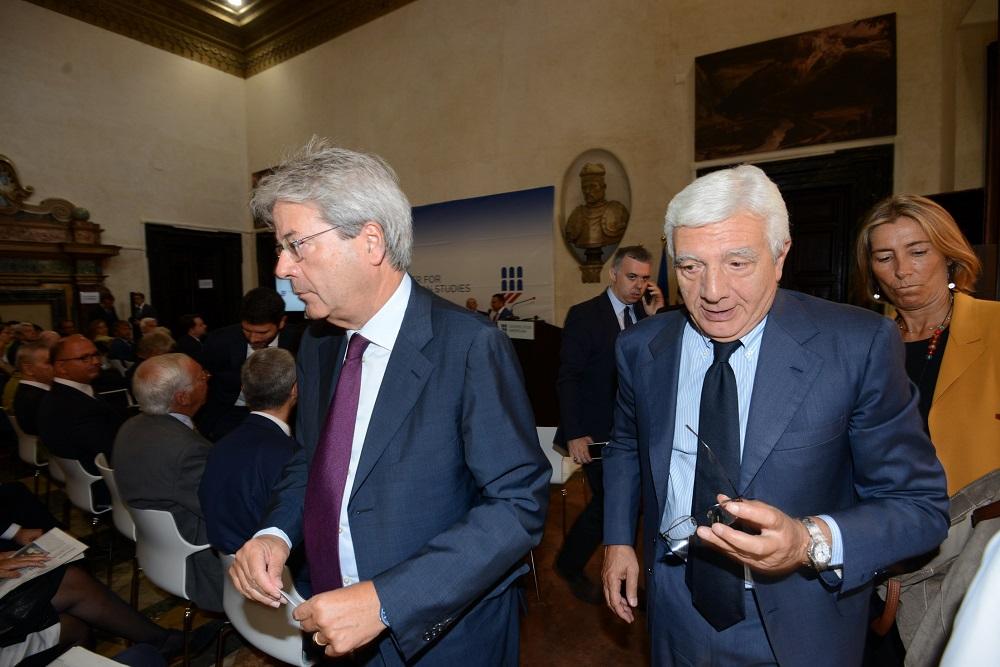 Paolo Gentiloni e Gianni De Gennaro