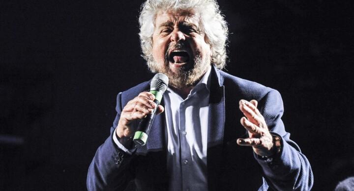 Vi racconto i sogni a 5 stelle di Beppe Grillo sull'energia elettrica
