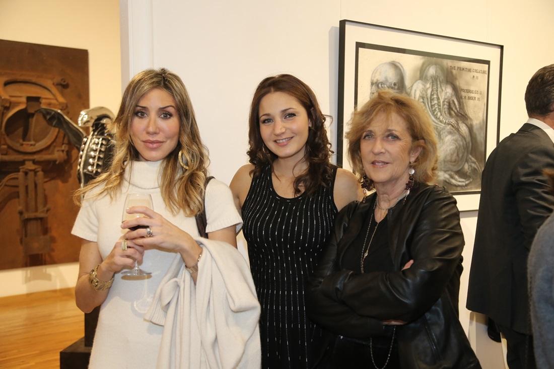 Anna Proietti (al centro)