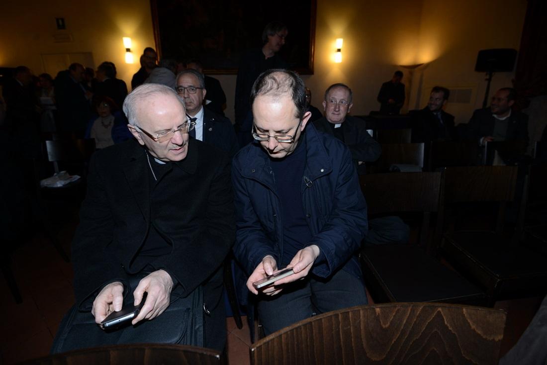 Nunzio Galantino e Ivan Maffei