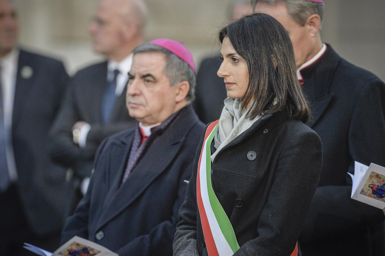Monsignor Angelo Becciu e Virginia Raggi