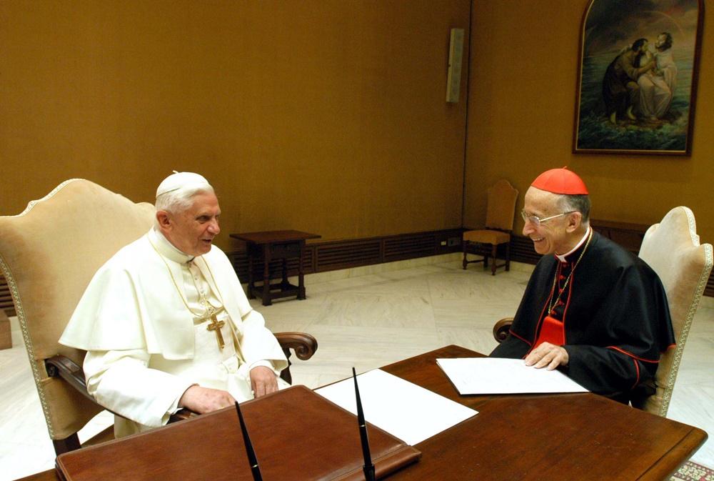 Benedetto XVI e Camillo Ruini (2005)
