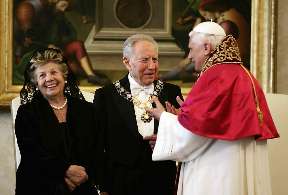 Benedetto XVI incontra Carlo Azeglio Ciampi e Franca Pilla (2005)