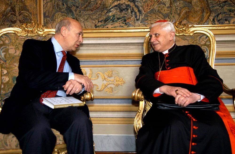 Paolo Mieli e Joseph Ratzinger (2005)
