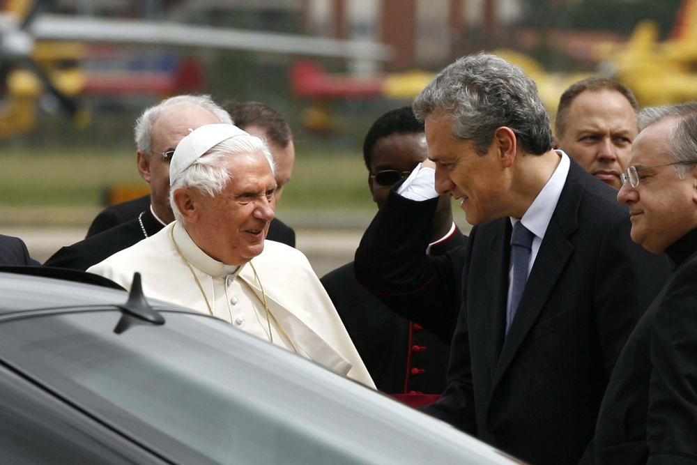 Benedetto XVI e Francesco Rutelli (2008)