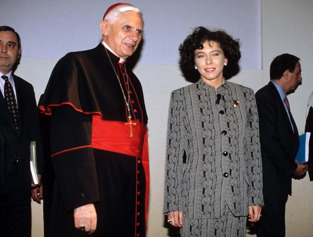 Joseph Ratzinger e Irene Pivetti (1994)