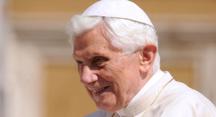 Benedetto XVI, 90 anni di teologia