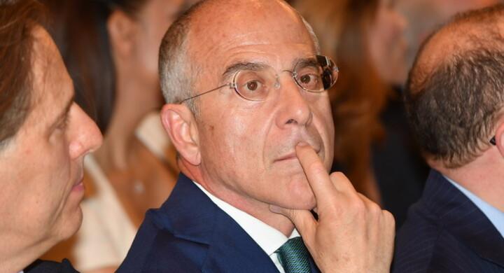 Tim, ecco come e perché Enel sbuffa sulla rete Telecom Italia a Open Fiber