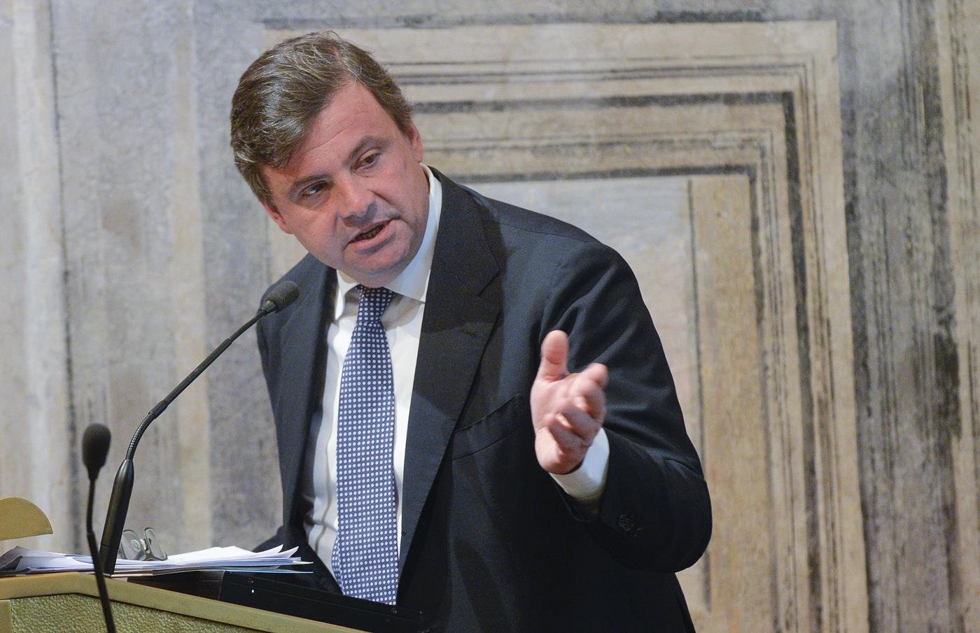 Carlo Calenda, concorrenza
