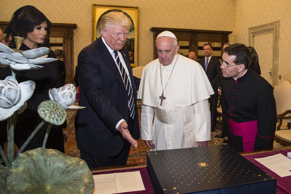 Melania Trump, Donald Trump e Papa Francesco