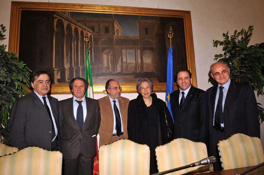 Leoluca Orlando, Francesco Pancho Pardi, Giuseppe Giulietti, Teresa Cordopatri, Antonio Di Pietro ed Elio Lannutti (2008)