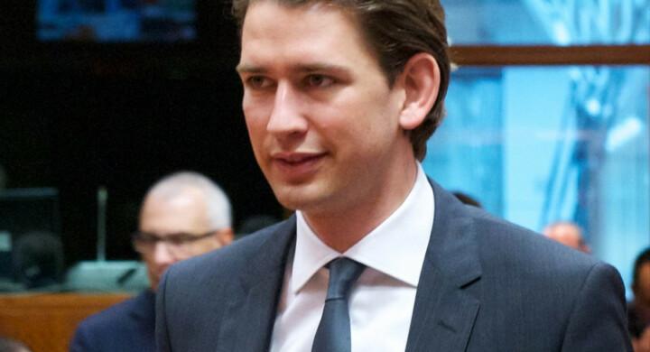 Chi è Sebastian Kurz, il ministro degli Esteri che cavalca il Brennero per vincere le elezioni in Austria