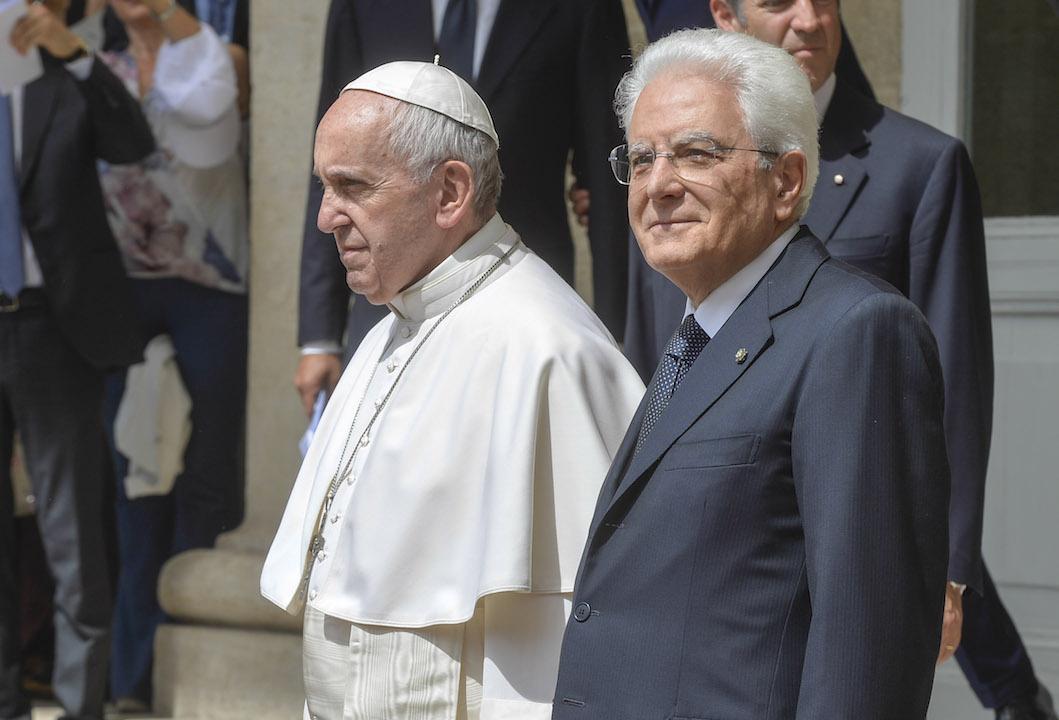 Arrestato il papa! L'ultima bufala di QAnon