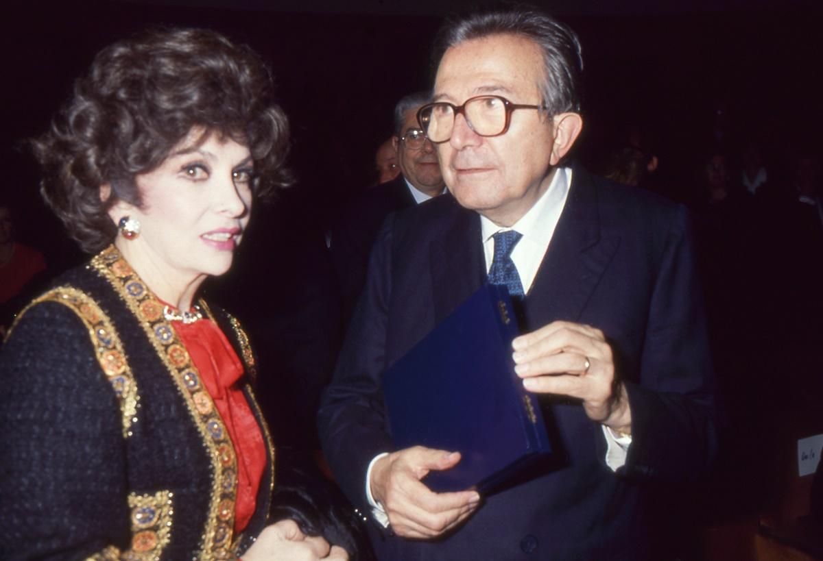 Gina Lollobrigida, Giulio Andreotti (1976)