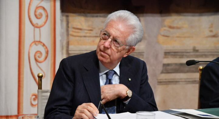"""E Monti disse """"solo io vi posso salvare"""" (dalla Troika)"""