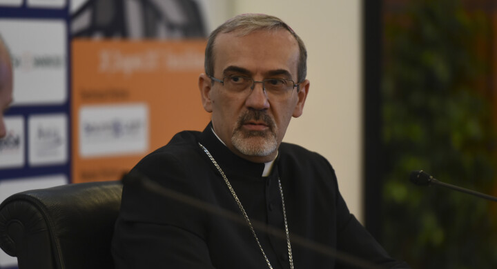 La disperazione dei cristiani a Gerusalemme e l'irrilevanza politica europea. Parla Monsignor Pizzaballa