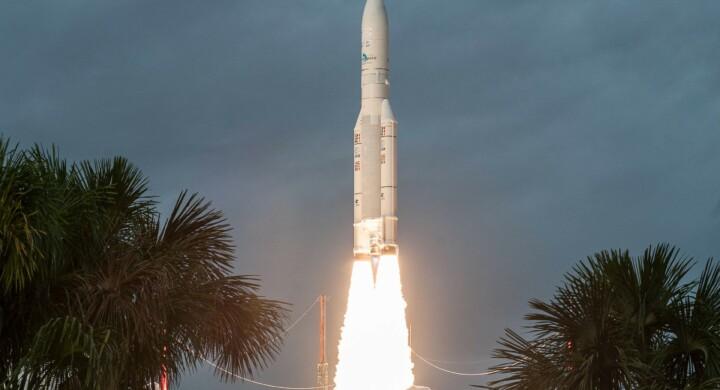Nuova missione per l'Ariane 5. Metterà in orbita un satellite indiano