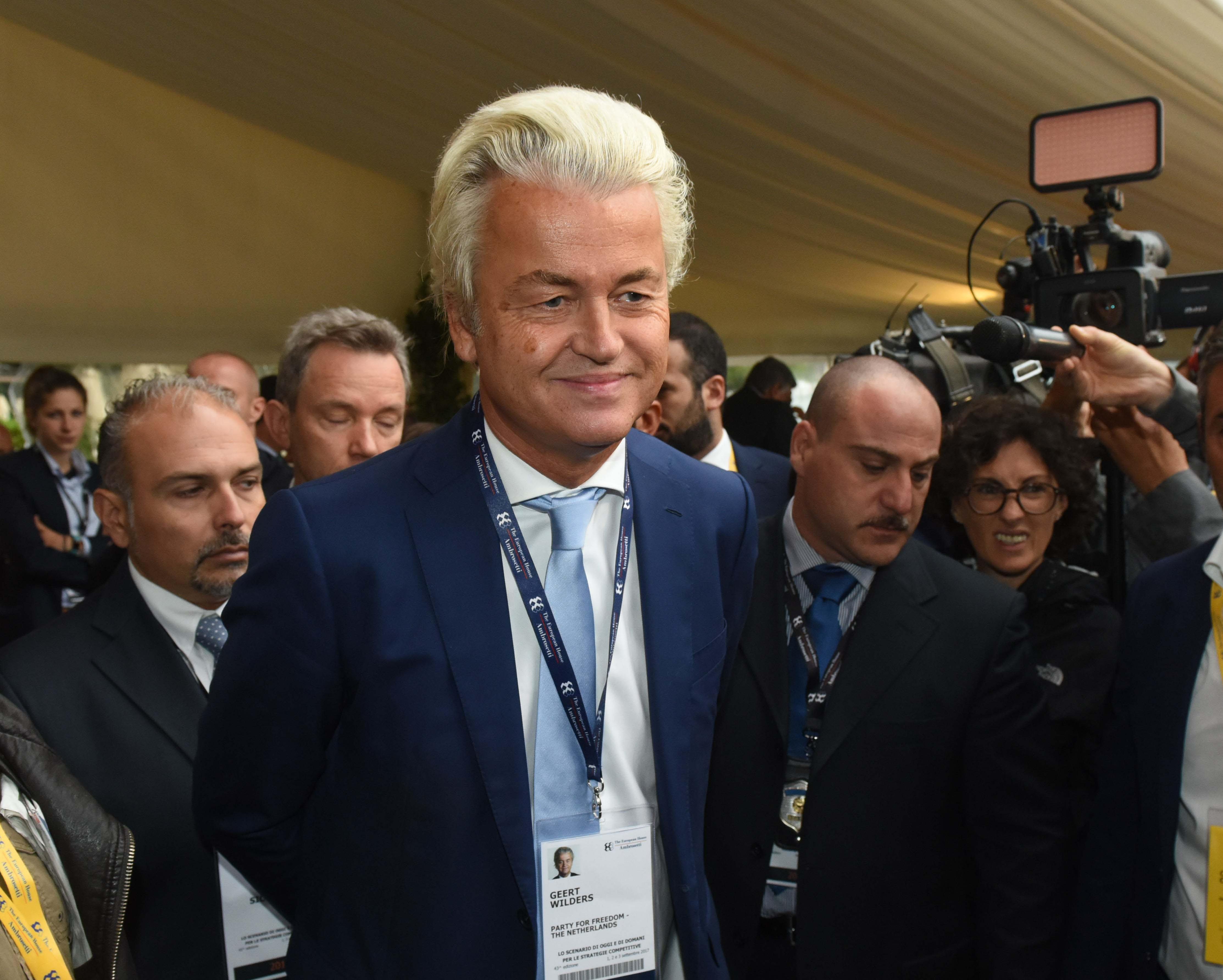Populisti al governo a Vienna, esultano Le Pen e Wilders