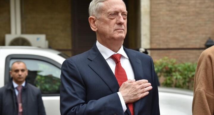 Afghanistan, Iraq e Libia. Ecco di cosa hanno parlato il segretario della Difesa Usa e la Pinotti